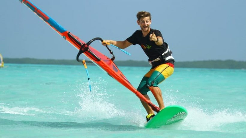 How to learn windsurfing? Windsurfing for beginners