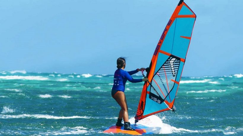 How to choose and use a windsurfing board?