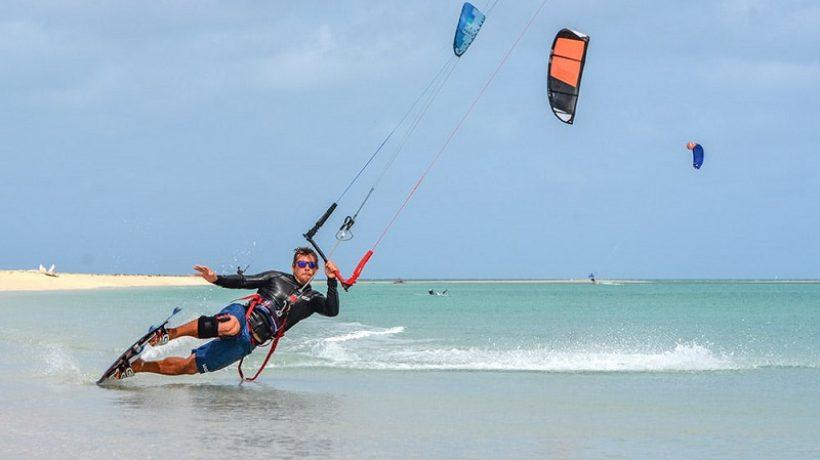 Kitesurfing for beginners tricks: Start kitesurfing today